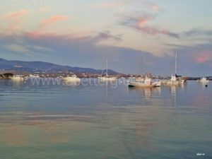 the best beaches on Antiparos island in Greece
