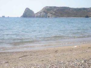 παραλίες στη Κίμωλο στις Κυκλάδες