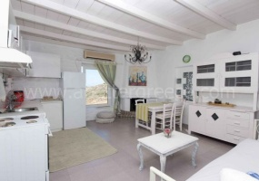 2 Bedrooms, Villa, Vacation Rental, 2 Bathrooms, Listing ID 1000, Paros, Greece,