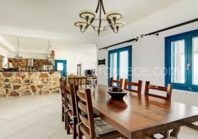5 Bedrooms, Villa, Vacation Rental, 5 Bathrooms, Listing ID 1015, Paros, Greece,