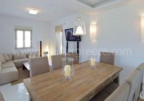 4 Bedrooms, Villa, Vacation Rental, 3 Bathrooms, Listing ID 1048, Paros, Greece,