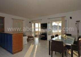 2 Bedrooms, Villa, Vacation Rental, 2 Bathrooms, Listing ID 1052, Paros, Greece,