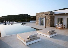 3 Bedrooms, Villa, Vacation Rental, Λοχαγού Κουρτίνου, First Floor, 2 Bathrooms, Listing ID 1059, Paros, Greece, Paros, Greece,
